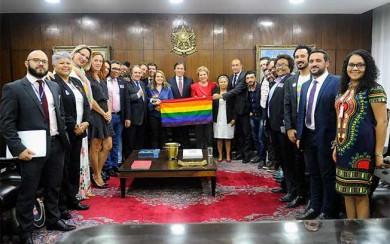 LGBT_Interna