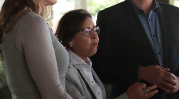 Senadores protocolam representação na PGR contra decretos de privatização