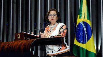 Senadora Lídice da Mata protesta contra demissões nos Correios