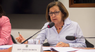 """Discurso de Bolsonaro envergonha o Brasil"", afirma Lídice"