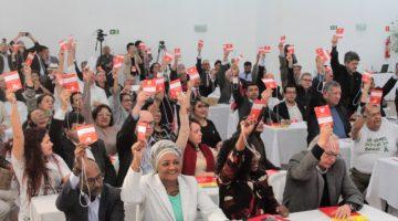 Por ampla maioria, diretório nacional do PSB fecha questão contra reforma da Previdência
