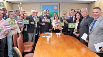 Grupo Parlamentar Brasil-Cuba é reinstalado com Lídice na presidência