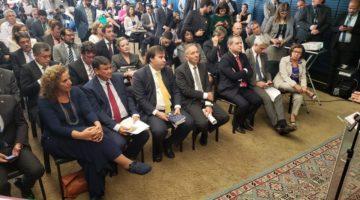 Partidos de oposição apresentam proposta alternativa à Reforma Tributária