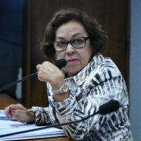 Lídice lamenta impacto negativo de campanhas antivacinas na saúde da população brasileira
