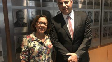 Lídice pede apoio do governo para combate aos feminicídios