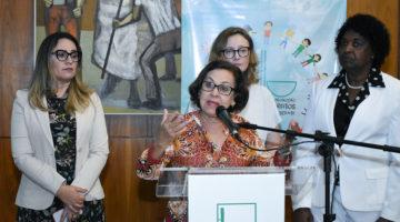Lídice da Mata assina manifesto contra violência política de gênero
