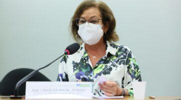 Lídice defende investimento em pesquisa para o combate e prevenção de praga típica da lavoura cacaureira