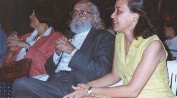 Lídice celebra centenário de Paulo Freire com foto ao lado do educador